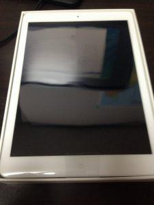 iPad Air箱を開封
