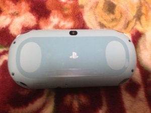 PS Vita本体裏面