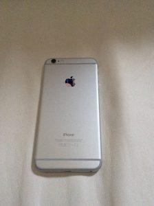 iPhone 6 Plus裏