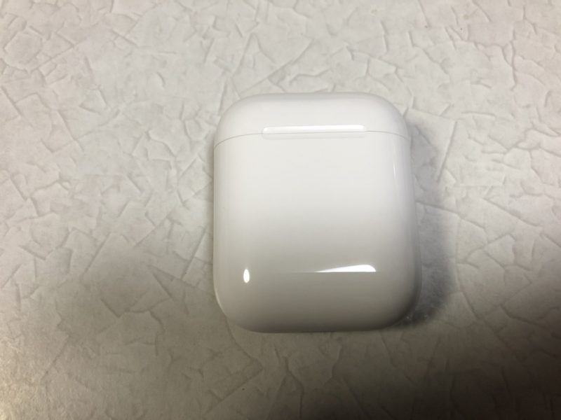 AirPods2 ケース表面